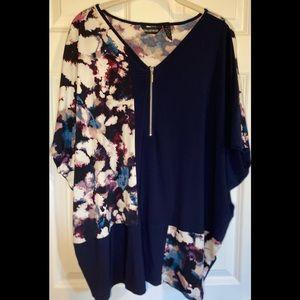 NWT Nina Leonard poncho style top with zipper.